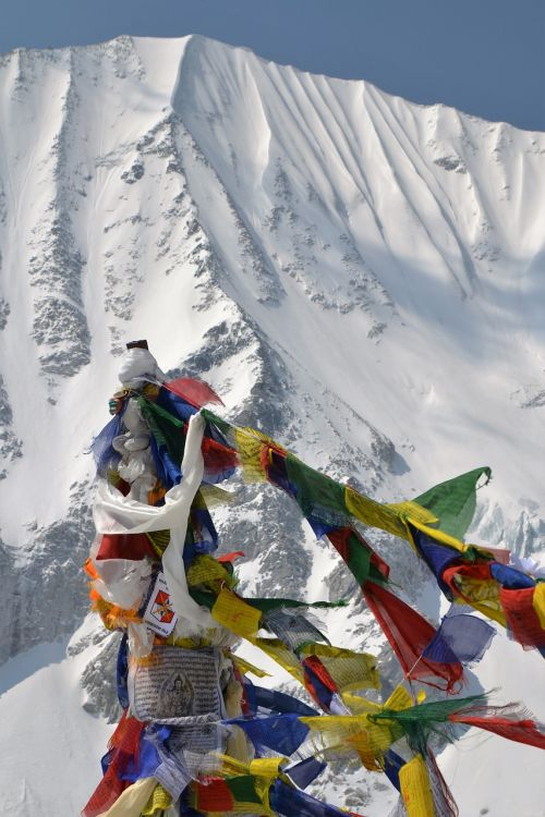 flags nepal mountain