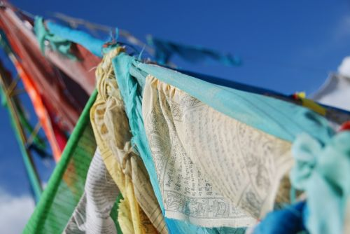 flags buddhism prayer