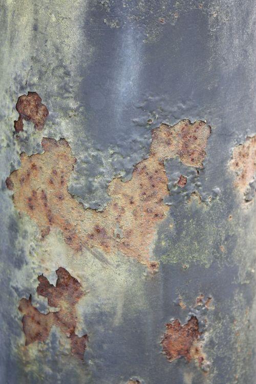 flaking rust paint