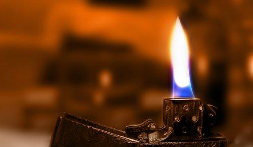 flame  zippo  lighter
