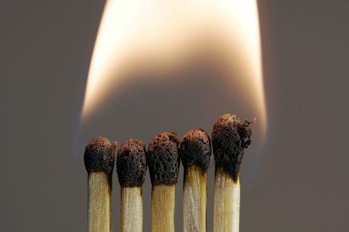 flare-up smoke match