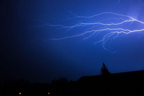 flash thunderstorm summer thunderstorm