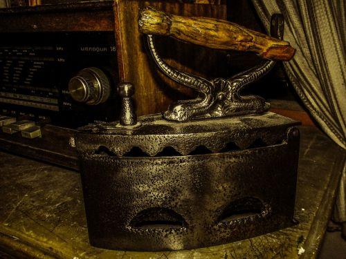 flat iron ironing antique