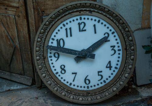 flea market clock pendulum