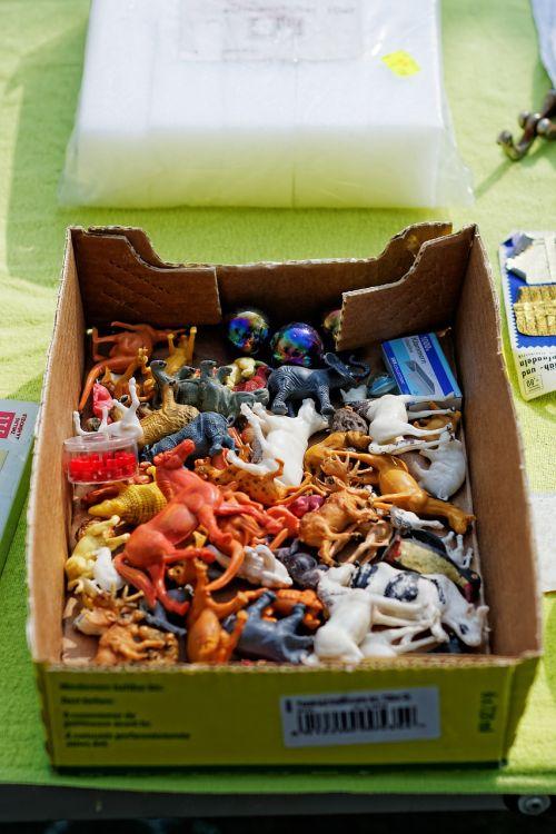 flea market box clutter