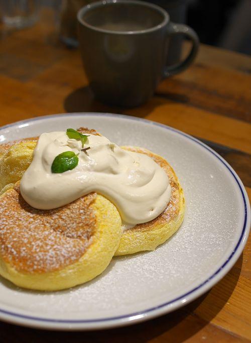 flippers pancake suites