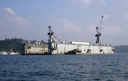 floating dock  repair  vessel