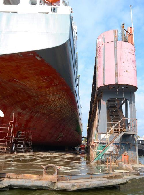 floating dock water germany