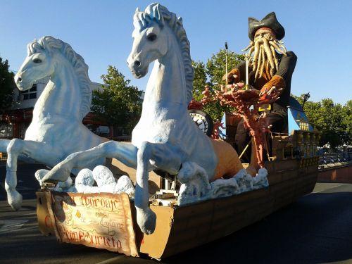 floats float parade