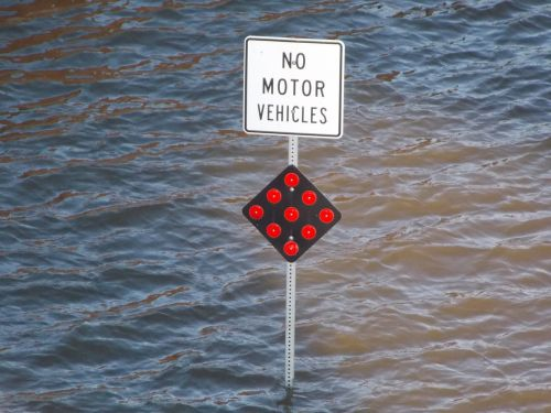 flood sign no motor vehicles