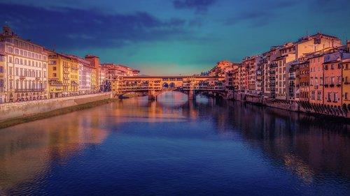florence  ponte vecchio  italy