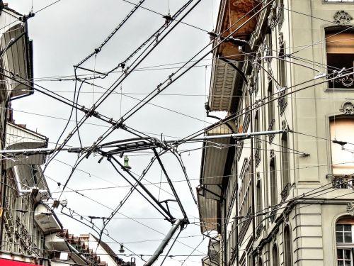 flow electricity high voltage