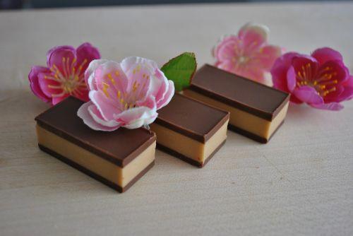 flower chocolate bar cocoa