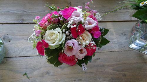 gėlių kompozicija,gėlės,gamta,gėlių kompozicijos,natiurmortas,kompozicija,Motinos diena