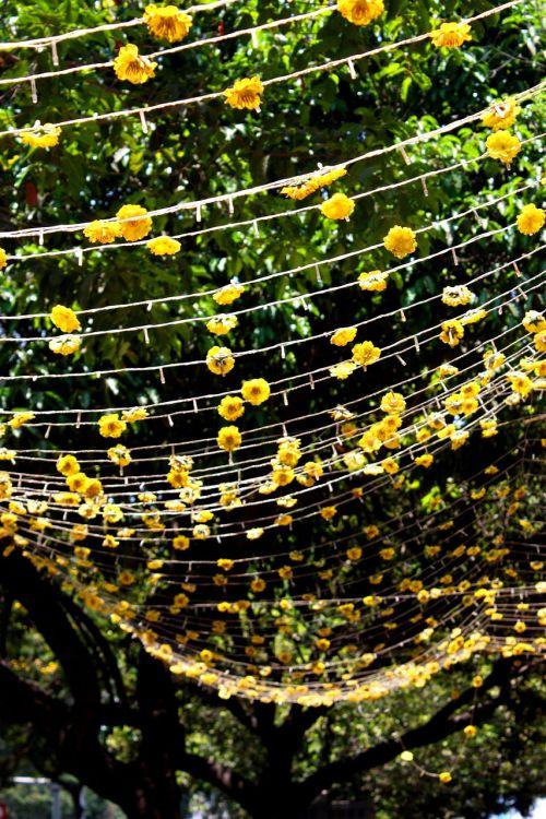 flowers garland decoration