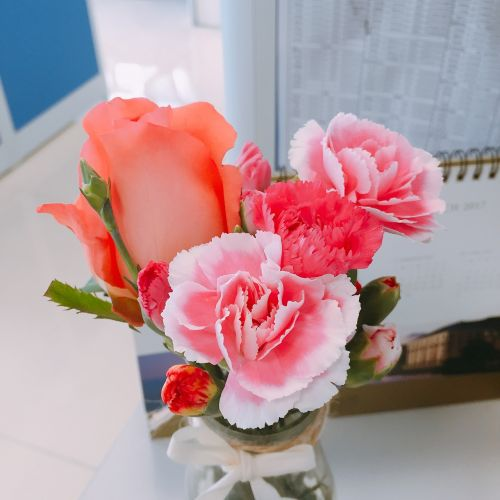 flowers characteristic the petty bourgeoisie