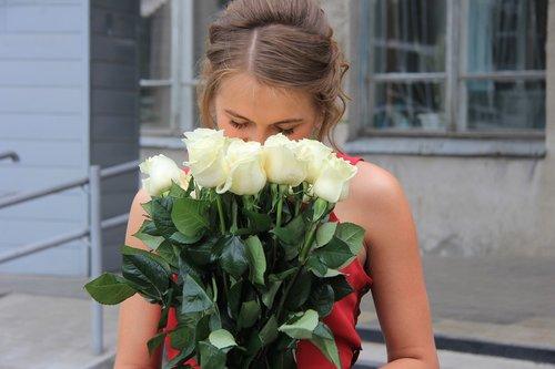 flowers  high school graduation  roses