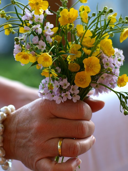 flowers  hand  ring