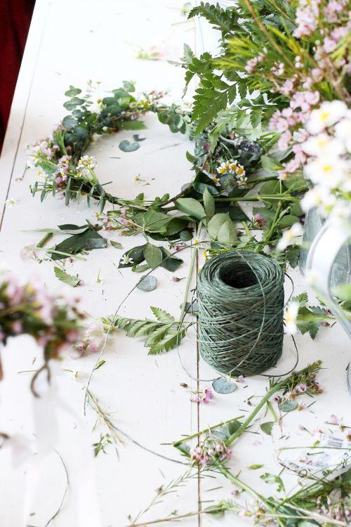 gėlės,gėlių karūna,gamta,augalas,pavasaris,gėlių,žydėti,sodas,žalias,žiedas,žiedlapis,botanikos,lapai,spalva,apdaila,žydi,natūralus,botanikos,budas,papartis,žaluma,virvę,šviežias,subtilus,sodininkystė,floristas,gėlių apdaila,gėlių dekoro,amatų,Diy,crafting,gėlių organizavimas,gėlių susitarimas