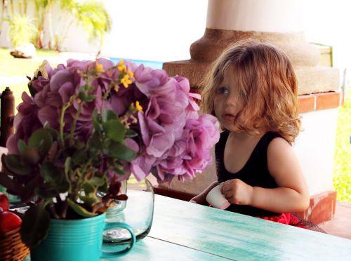 gėlės,mergaitė,suknelė,švelnus,kūdikis,gėlė,gražus,rosa,violetinė