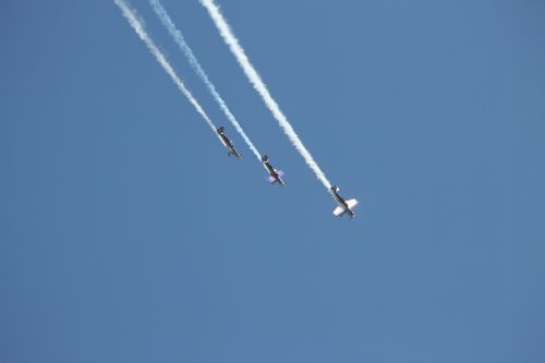 flugshow aerobatics airpower