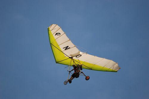 fly airplane aviator