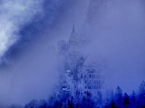 fog kristin castle