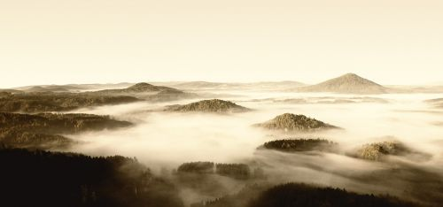 fog czech-saxon switzerland mountains
