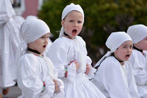 folklore children vocal