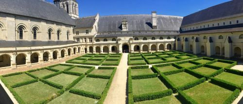fontevraud abbey cloister