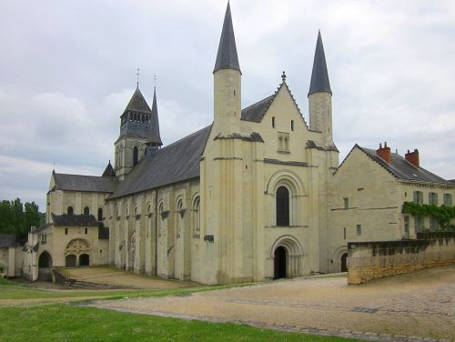 fontevraud abbey abbey monastery
