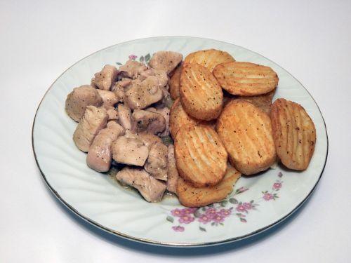 food chicken potatoes