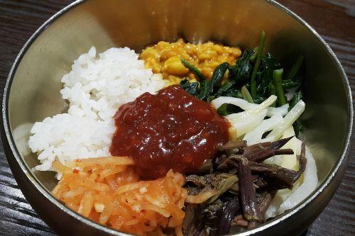 food dining bibimbap