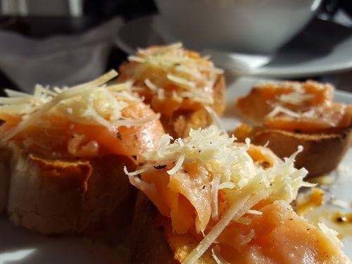 food bread salt