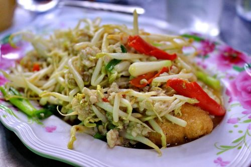 food bean sprouts dish