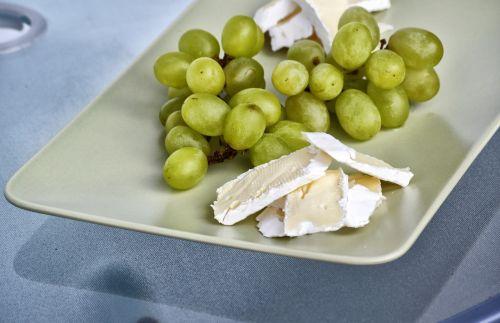 food grapes cheese
