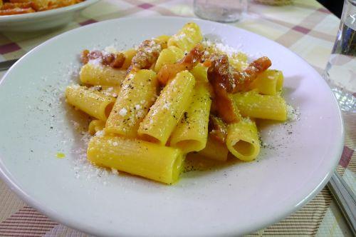 maistas,ispanų,makaronai,carbonara