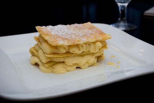 food cream pie cake