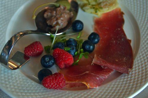 food luxury meat