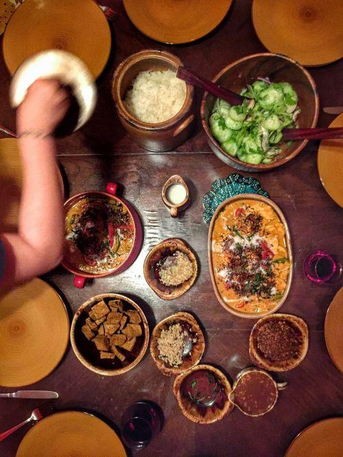 food bowl table