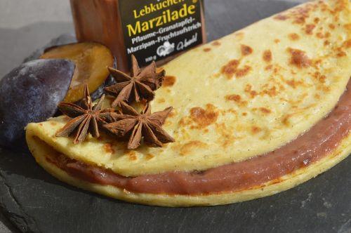 food pancake lübecker marzipan