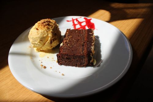 food chocolate dessert