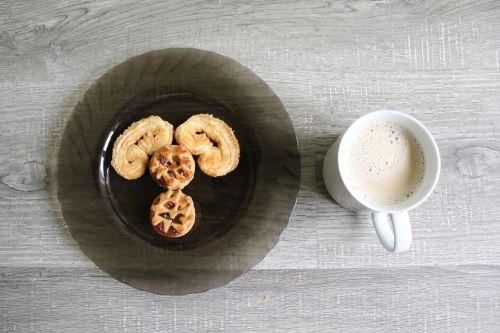 food snacks latte