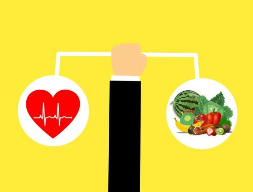 maistas, sveika gyvensena, sveikai maitintis, sveikas, sveikata, vaisiai ir daržovės, salotos, sveikas maistas išskirtas, daržovės, Sveikas maistas, širdis, Sveikas maistas, menas, meilė, romantika, aistra, valentine, kraujo spaudimas, gyvenimas, medicinos, medicina, impulsas, daržovių, geros sveikatos, vaisiai, piktograma, žmogus, lygus, skalė, linija, palyginimas, santykis, ranka, balansas, žmonės, simbolis, svoris, balta, be honoraro mokesčio