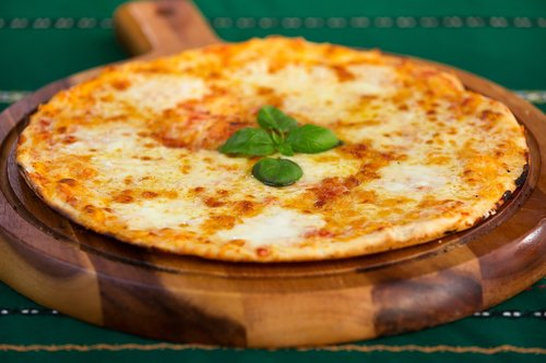 food  pizza  cheese