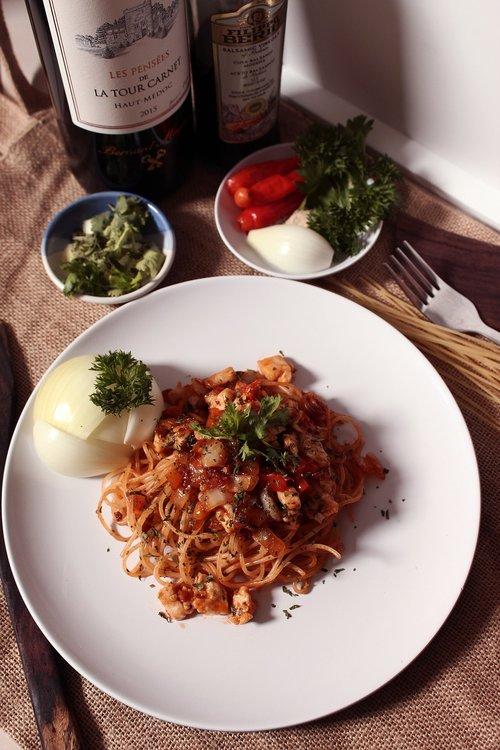 food  bolognese  italian