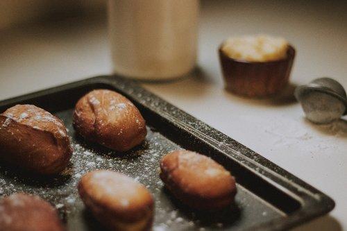 food  tray  baking