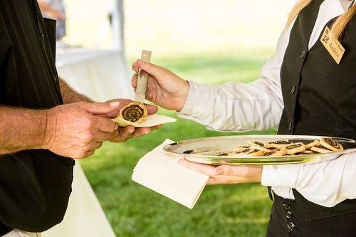 food  servers  banquet