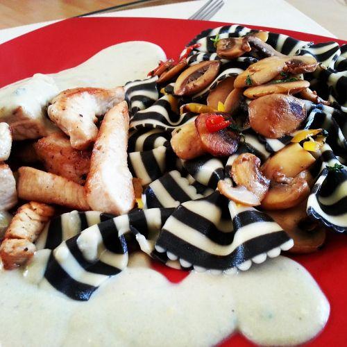 food pasta meat