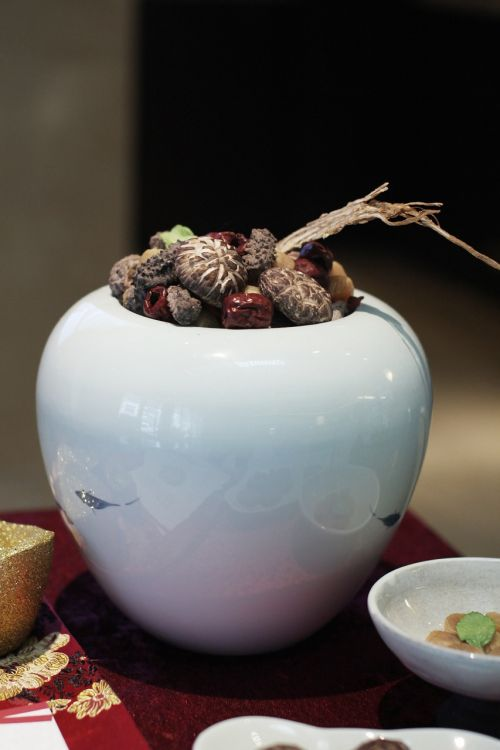 food,buddha jump over the wall,shiitake mushroom,red,urn,over the years,chun jie,free photos,free images,royalty free